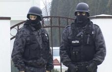 Percheziţii domiciliare în Botoşani, la doi suspecţi de contrabandă cu ţigări