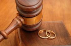 Cum pot divorța românii din străinătate? Zilnic, peste 100 de romani din diaspora divorțează în România