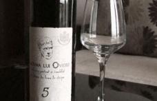 Cum sunt păcăliţi românii cu cel mai băut vin din România. Unde este de fapt produs