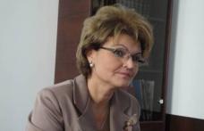 """Mihaela Huncă: """"Vreau să avem salarii decente pentru dascălii noștrii și un învățământ de calitate pentru tinerii din toată țara"""""""