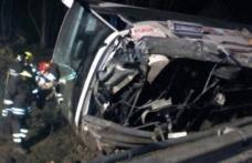 Autocar românesc răsturnat în Italia: opt persoane au fost rănite