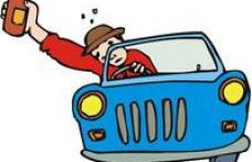 Tânăr prins de polițiști baut la volan