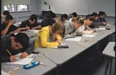 Evaluare nationala 2011 - elevii se plang ca proba la matematica a fost destul de grea