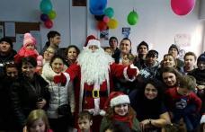 Tinerii social-democrați și parlamentarii PSD au oferit cadouri de Crăciun copiilor cu probleme medicale de la centrele sociale din Botoșani