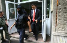 Directorul OTV şi alţi 5 bărbaţi, arestaţi într-un dosar de proxenetism