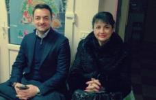 Tamara Ciofu și Răzvan Rotaru acordă 10 burse de studiu pentru elevii botoșăneni cu probleme sociale