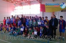 """DGASPC Botoșani a organizat la Dorohoi cea de-a doua ediție a """"Cupei prieteniei"""" la fotbal în sală – FOTO"""