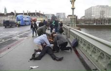 """Doi români răniți în atacul de la Londra. Erau turiști, starea femeii e """"relativ critică"""""""