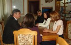 Şefii mai multor instituţii publice au participat la discuţii cu prefectul judeţului - FOTO