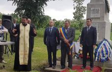 Ziua Eroilor marcată cu onoare în comuna Vlăsinești - FOTO