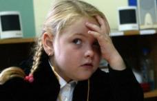 Uniformele şcolare vor deveni obligatorii