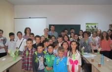 Punte de prietenie între copii – Centru de zi Ibănești și Centru de zi Vatra Dornei - FOTO