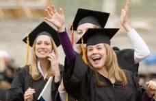Facultăţile care înscriu candidaţi fără diplomă de bacalaureat riscă să fie închise