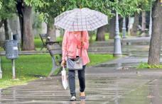 Informare meteo: Ploi torențiale și furtuni de sâmbătă până duminică