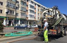 Acțiuni de amploare de curățare și decolmatare a sistemului de canalizare din municipiul Dorohoi - FOTO