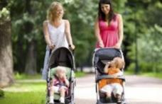 Guvernul a plafonat indemnizaţiile pentru mame. Vezi care este indemnizația maximă!