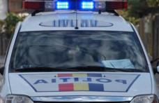 Poliţist aflat în timpul serviciului, LOVIT cu maşina şi abandonat în stradă