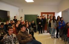 Ziua Europeană a Limbilor la Seminarul Teologic Dorohoi - FOTO