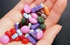 Jumatate din romani iau antibiotice. Care sunt afectiunile cel mai des tratate?