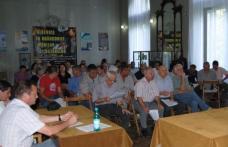 Hotărârile Consiliului Local strânesc discuţii
