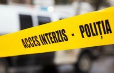 O fetiţă de 14 ani s-a spânzurat cu un cablu electric în podul casei. Motivul: ceartă cu părinţii