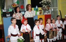 """Activitate de evaluare a proiectului tematic """"De vorbă cu Zâna Toamna"""" la Grădinița cu P.P. nr. 6 Dorohoi - FOTO"""