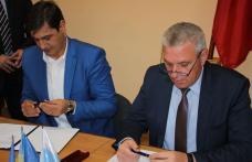 Semnarea Acordului de Parteneriat între Județul Botoșani și Municipiul Bălți - FOTO