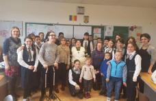 PRIETENIE fără bariere la Școala Cornerstone din Dorohoi - FOTO