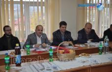 Întâlnire a micilor fermieri în vederea asocierii pentru a beneficia de fonduri de dezvoltare - FOTO
