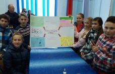 Parteneriat între şcolie din Plopenii Mari, Broscăuţi şi Pomîrla derulat în Săptămâna Educaţiei Globale - FOTO