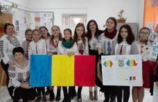 Marea Unire sărbătorită la Şcolile Rediu şi Rădăuţi – Prut – FOTO