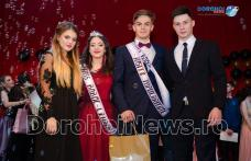 "Miss și Mister Boboc 2017: Bal în stil Gatsby organizat de Liceul ""Regina Maria"" Dorohoi – VIDEO/FOTO"