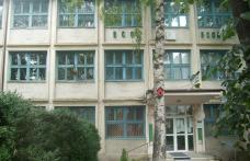 Şcoala nr. 5 Dorohoi: Directorul face apel la autorităţile locale privind consumurile de utilităţi