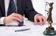 Peste 70 de notari din Botoşani și Suceava, amendaţi pentru că aveau onorarii mai mari decât cele legale