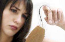 Cum putem stopa căderea părului
