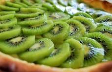Tartă cu kiwi