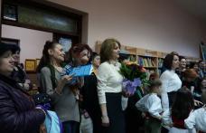 """Asociația Culturală """"Integritas"""" – lansare de carte la Biblioteca Municipală Dorohoi - FOTO"""