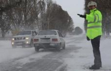 Recomandări ale polițiștilor botoșăneni pentru circulația în siguranță, pe timp de iarnă