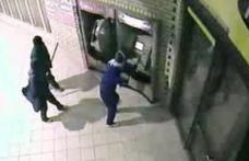 Jaf de proporţii la Banca Raiffeisen: 32 de bancomate din România, golite într-o singură noapte