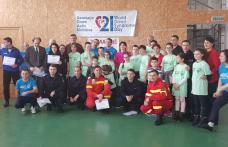"""Pompierii si jandarmii botoşăneni s-au alăturat, duminică, copiilor cu sindrom Down, în """"Ştafeta Prieteniei"""" - FOTO"""