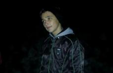 Român de 20 de ani înjunghiat mortal în Marea Britanie în timp ce încerca să-și apere un prieten