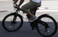 Accident provocat de un biciclist