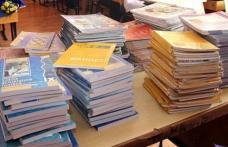 Anunţ important al Ministerului Educaţiei privind manualele şcolare