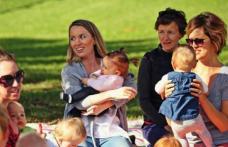Veste bună pentru mame înainte de Paşte. Au fost virate indemnizaţiile pentru creşterea copilului şi stimulentele de inserţie