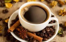 Ce să pui în cafea ca să nu mai fii obosit