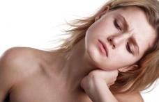 Remedii utile când te trezești cu gâtul înțepenit
