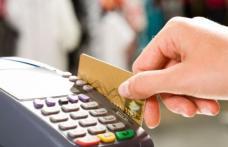 Trei situații în care să nu plătești niciodată cu cardul