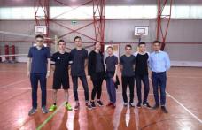 """Campionat de volei desfășurat la Colegiul Național """"Grigore Ghica"""" Dorohoi - FOTO"""