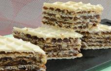 Prăjitură cu foi de napolitană