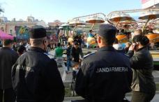 """Festivalul """"Floare Albastră"""" și Târgul de la Popăuţi în atenția jandarmilor"""